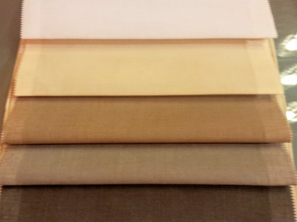 gradazione di colori dal bianco al wenghè