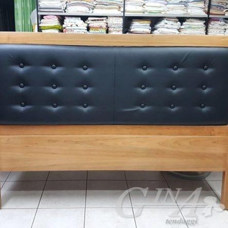 Testata letto in vilpelle e legno
